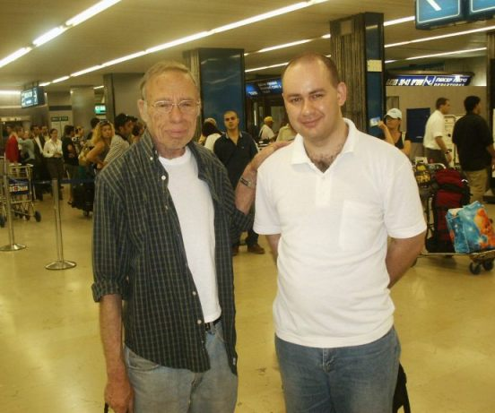 Rober Sheckley and Oleg Sverdlov in Ben Gurion Airport, Israel 2004